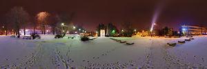 Spacer Wirtualny po Rzeszowie, Szopena Fryderyka 47, Rzeszów - Panoramy (Przed Pomniekiem AK zimą) :: Zdjęcia na mapie Targeo